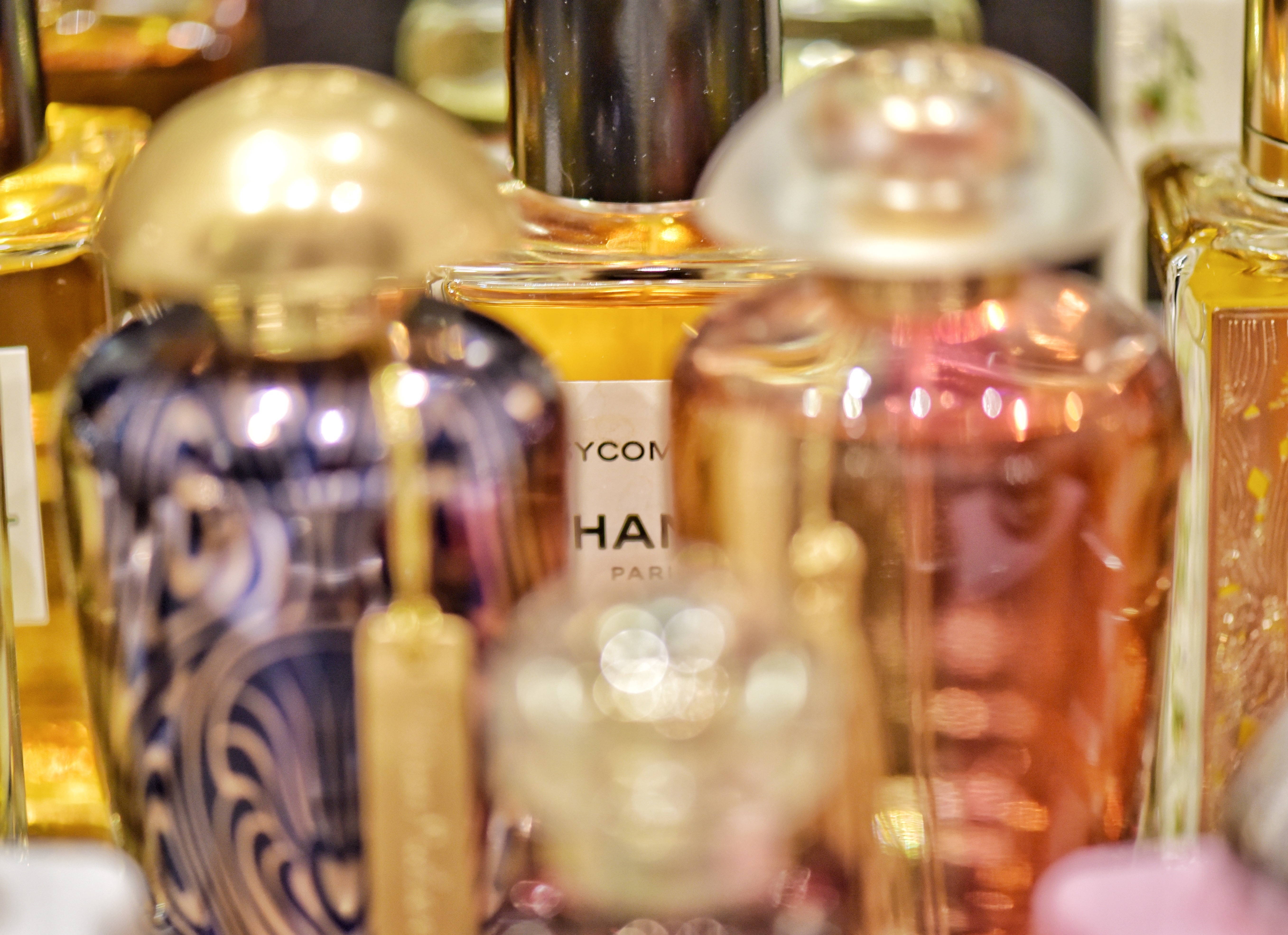 bottiglia di profumo chanel